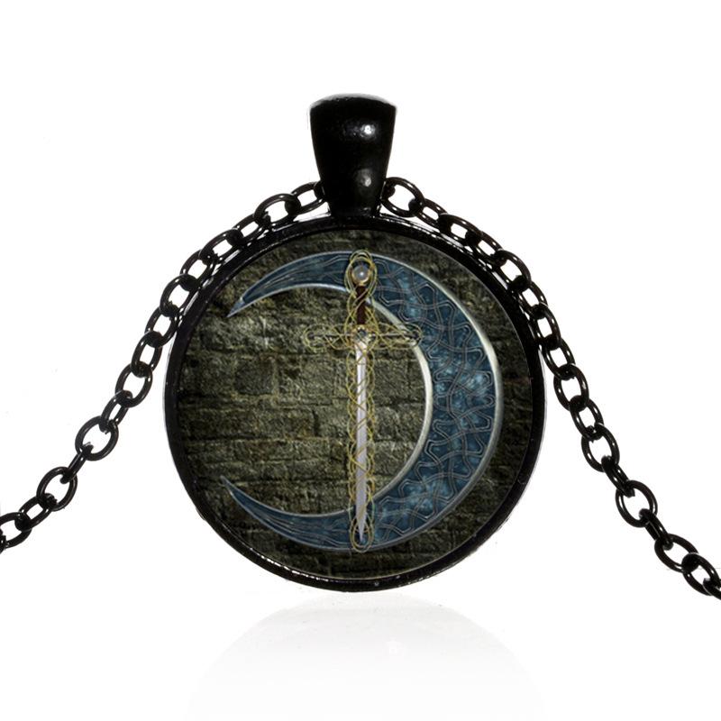 Rollenspiele & Tabletops Schmuck nordisches Amulett Kette Mond-Schwert-Symbol Kelten Wikinger Gothen LARP 3Farben